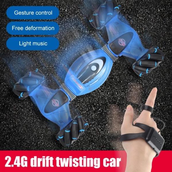 Auto che si deforma e si muove con i gesti delle mani con modalità drifting