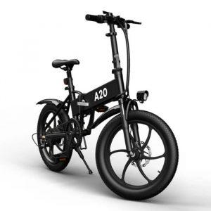 bici elettrica nera con molte funzioni